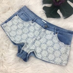 Forever 21 Lace Front Denim Jean Shorts Size 28
